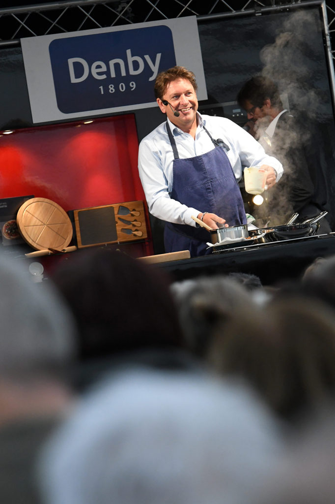 Cooking up a good angle at a live event